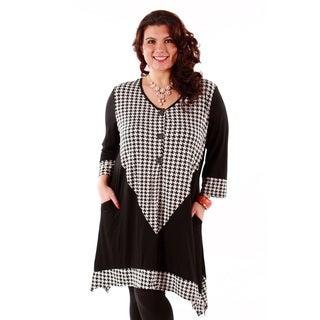 Women's Plus Long Sleeve Button-front Houndstooth Tunic