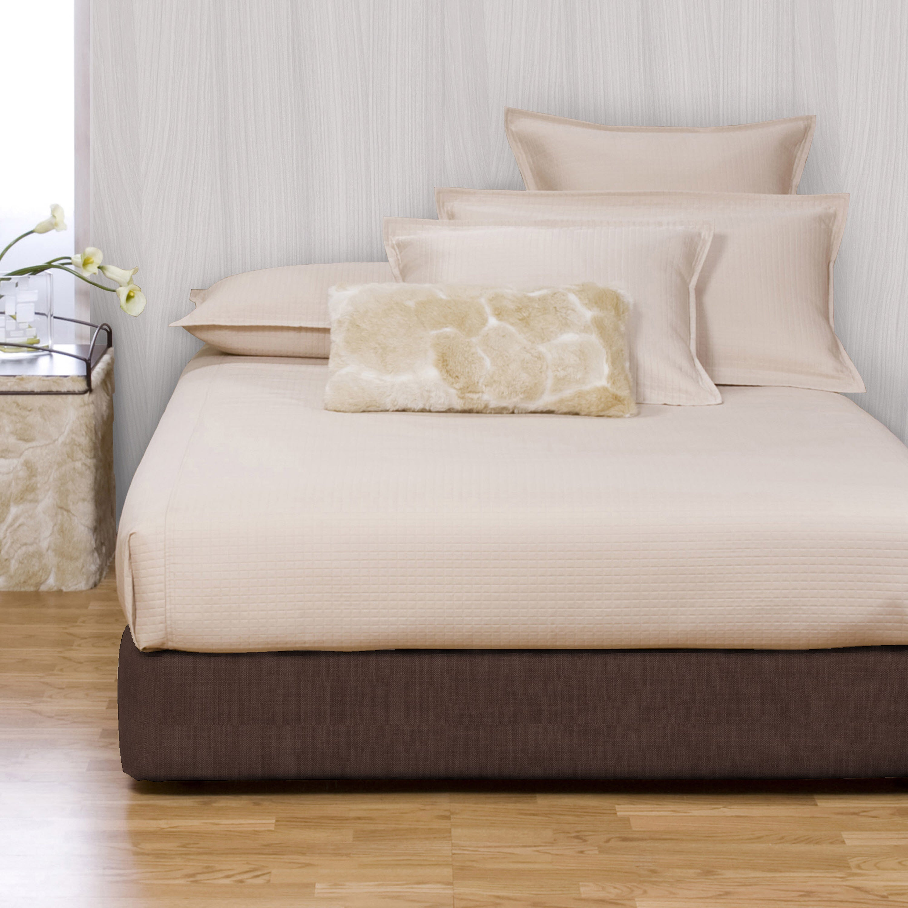 Overstock.com Wood Platform Kit with Chocolate Box Spring Cover
