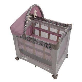 Graco Travel Lite Crib with Stages in Mena