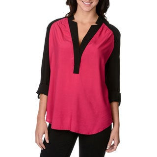 Chelsea & Theodore Women's Fuchsia and Black V-neck Tunic
