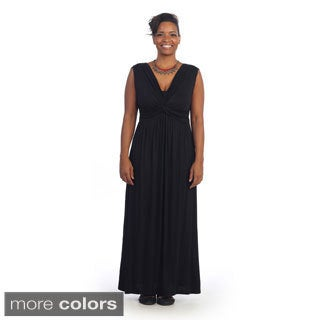 Hadari Women's Contemporary Plus Size V-neck Sleeveless Maxi Dr