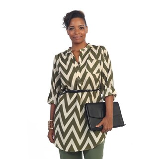 Hadari Women's Plus Size Chevron 3/4-length Sleeve Button Top