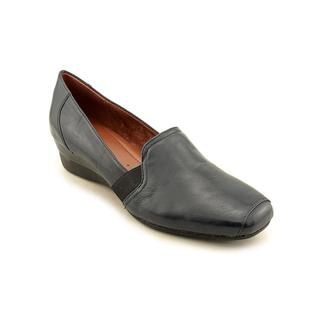 Naturalizer Women's 'Marlee' Leather Casual Shoes - Extra Wide