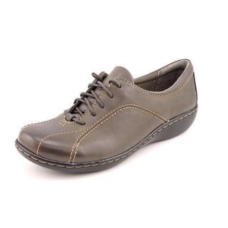 Clarks Women's 'Ashland Pat Q' Leather Casual Shoes