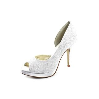 Allure Bridals Women's 'Kelly' Fabric Dress Shoes