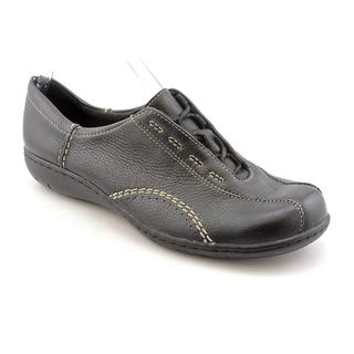 Clarks Women's 'Viola' Leather Casual Shoes - Wide (Size 9.5 )