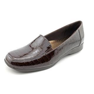 Trotters Women's 'Jenn' Animal Print Casual Shoes