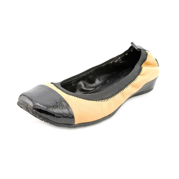 Kenneth Cole Reaction Women's 'Blink Wink ' Leather Casual Shoes (Size 9.5 )