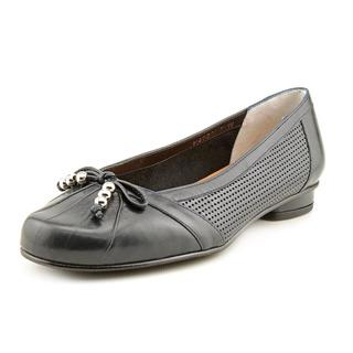 Ros Hommerson Women's 'Metro' Leather Casual Shoes - Wide (Size 6.5 )