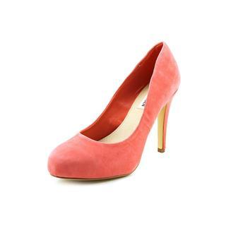 Steve Madden Women's 'Remmedy' Regular Suede Dress Shoes