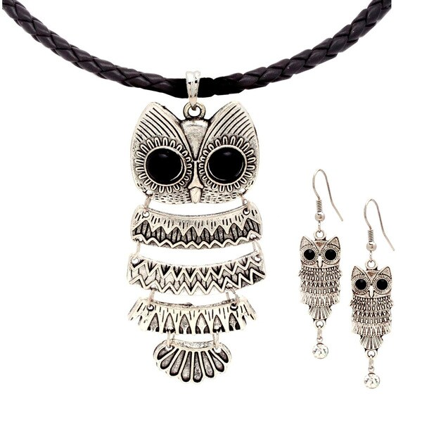 Bleek2Sheek Chain Mail Wise Owl Pendant Necklace and Earrings Set