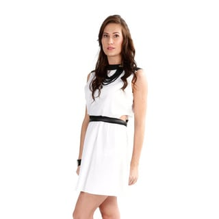 El Chic Fashion Women's White 'Heartbreaker' Dress