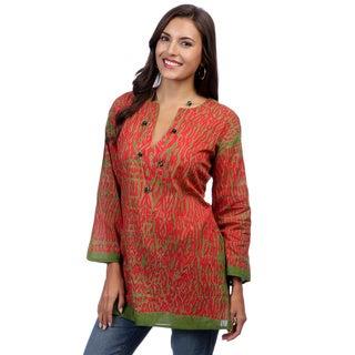 Women's Green/ Red Tie-dye 3/4-sleeve Tunic (India)