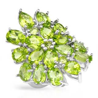 Ring with 14.76ct TW Peridots in .925 Sterling Silver