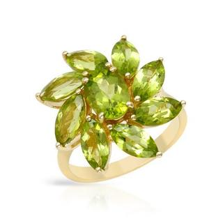 Ring with 5.9ct TW Peridots in Yellow Gold