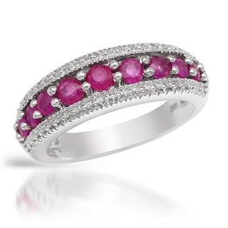 Sterling Silver .9ct Ruby Ring