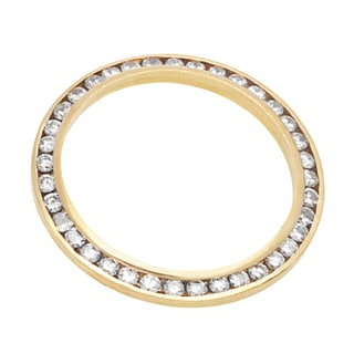 Timeless Ring with 1.00 ct TW round Diamonds of 18K Yellow Gold