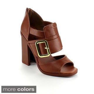 Wildrose Women's 'Iverson-05' Buckle-strap Chunky Heels