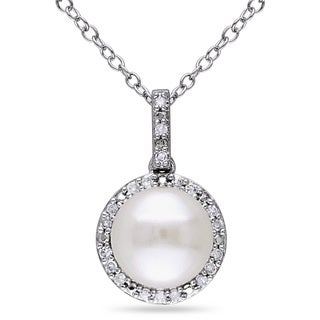 Miadora Silver Cultured Pearl and 1/10ct TDW Diamond Necklace (H-I, I2-I3)