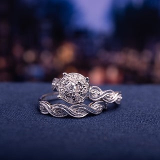 Miadora Sterling Silver 1/5ct TDW Diamond Infinity Filigree Vintage Halo Bridal Ring Set - White
