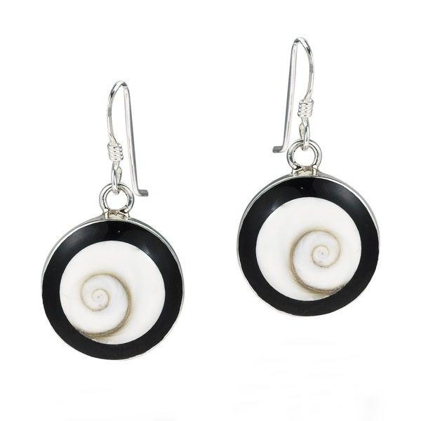 Round Swirl Shiva Shell Black Frame 925 Silver Earrings (Thailand)