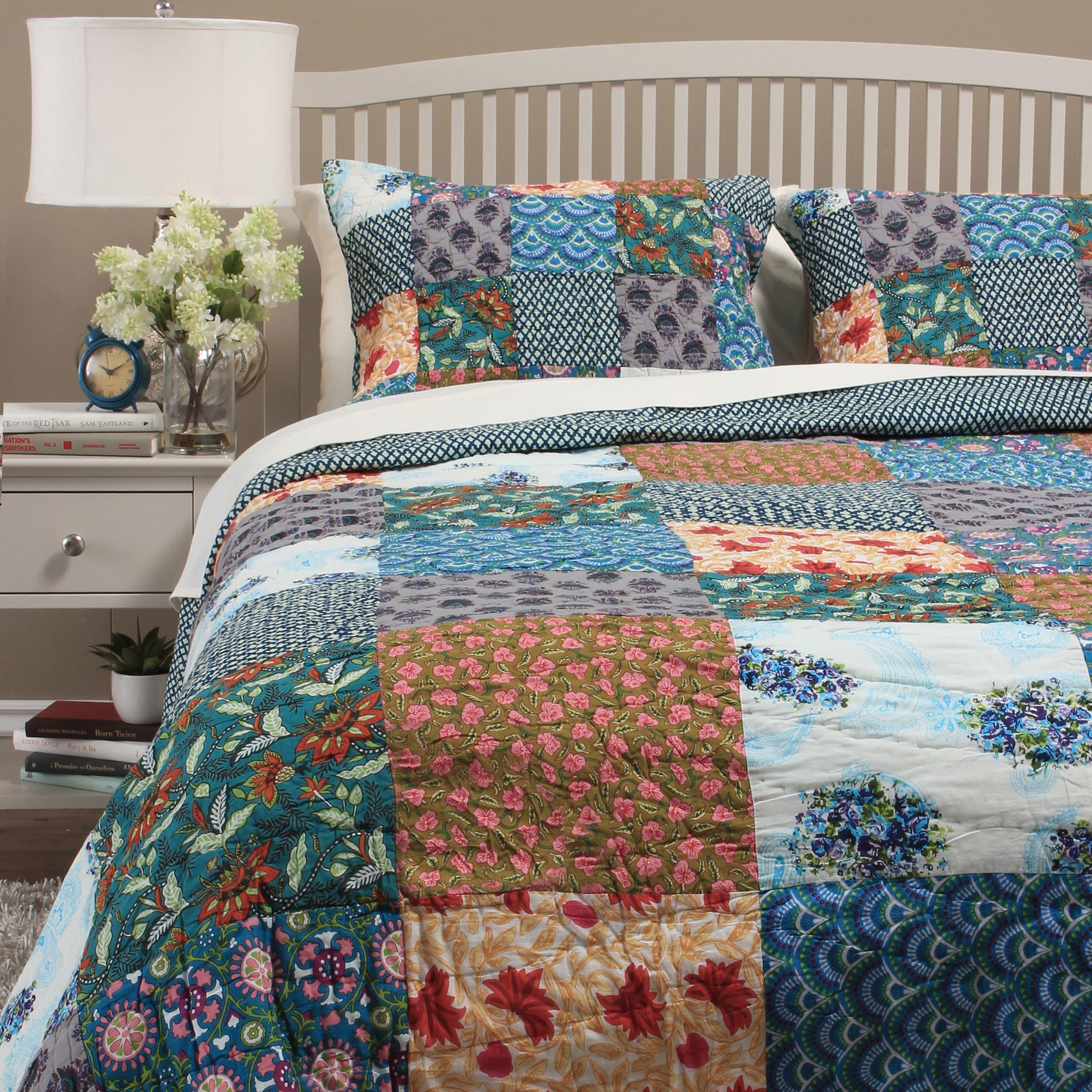 Cottage Home Hailey Patchwork Quilt Set