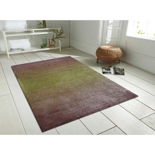 Beige and Green Artistry Center Line Striped Rug (8' x 10')