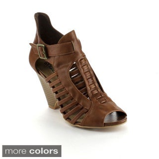 Bumper Women's 'France04' Buckle Strap Wedge Ankle Boots