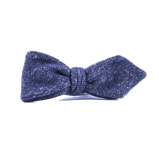 Southern Gents 'Lyra' Grey Wool Diamond Tip Bowtie