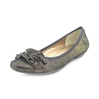 Vaneli Women's 'Seema ' Leather Dress Shoes