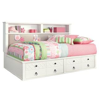 Iseydona White Storage Bed Set