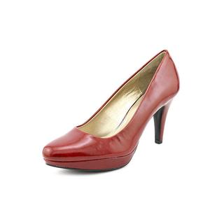 Bandolino Women's 'Capture' Patent Dress Shoes - Wide