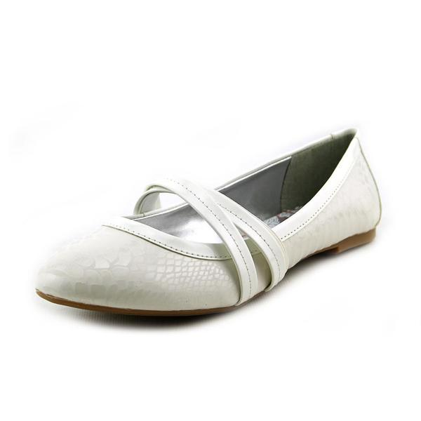 Jessica Simpson Girl (Youth) 'Mandi' Patent Casual Shoes (Size 5 )