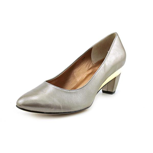 Vaneli Women's 'Jairus' Patent Leather Dress Shoes (Size 7.5 )