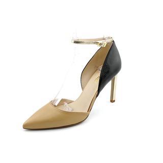 Nine West Women's 'Camelle' Leather Dress Shoes (Size 6 )