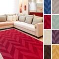 Artistic Weavers Hand-woven Ann Tone-on-Tone Geometric Zig-Zag Wool Area Rug (6' x 9')