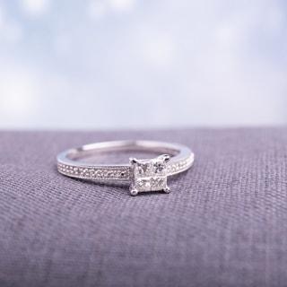 Miadora 10k White Gold 1/3ct TDW Diamond Engagement Ring (H-I, I2-I3)