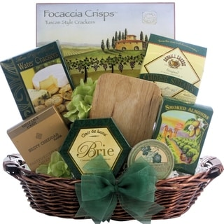 Holiday Cheese Delights Gift Basket