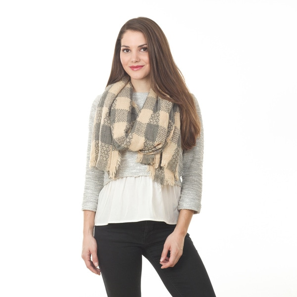Women's Grey Plaid Knitted Shawl