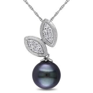 Miadora 10k White Gold Tahitian Pearl and 1/6ct TDW Diamond Necklace (H-I, I2-I3) (9-9.5 mm)