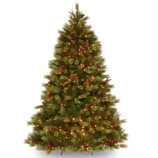 """7.5-foot """"Feel Real"""" White Pine Hinged Tree with 550 Clear Lights"""