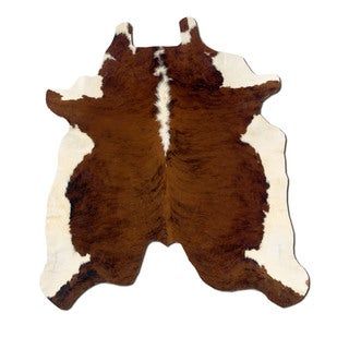 Linon Cowhide Brown Stencil/ White Full Skin Rug (5' x 8')