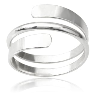 Journee Collection Sterling Silver Handcrafted Ring