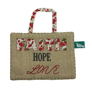Handmade 'Faith Hope Love' Decorative Sign Wall Decor (India)