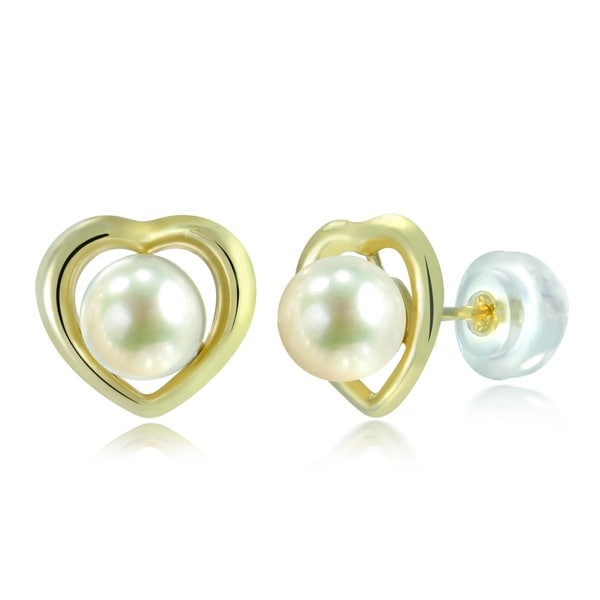 DaVonna 14k Yellow Gold White Freshwater Pearl and Heart Stud Earrings (5-6 mm)