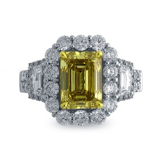 18K Two-tone Gold 4 1/2ct TDW Emerald-cut Natural Fancy Deep Yellow Diamond Ring, Size 6.5 (G-H, SI1-SI2)
