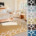 Meticulously Woven Noel Transitional Geometric Area Rug (6'7