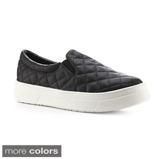 Cape Robbin Women's 'Adelaide-YX-3' Quilted Sneakers