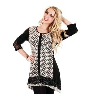 Women's Black/ White Lace 3/4-sleeve Tunic