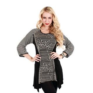 Women's Black/ White 3/4-sleeve Abstract Pattern Tunic
